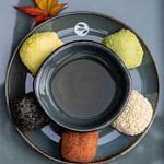 Tea_Passion_Sven-Christian Lange_Branding Photography_Tea Bowl Arragement on Dish_Green Tea_Circled By 5 Different Delicious Mochi_Acer Autumn Leaf_Tea Ceremony_Wabi Sabi_alveus