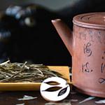 Tea Passion_Sven-Christian Lange_Branding Photography__Tea Ceremony Scene With Ancient Asian Tea Pot Tetsubin And White Tea White Faya
